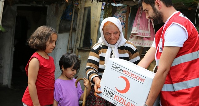 Red Crescent reaches out to the needy during Ramadan