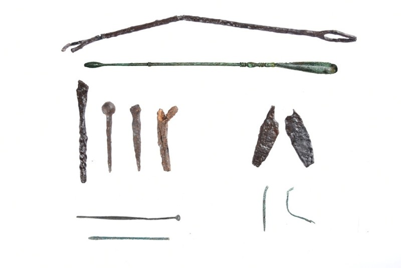 Some of the medical tools found during excavation of the ancient health center in Gu00f6lyazu0131. (IHA Photo)