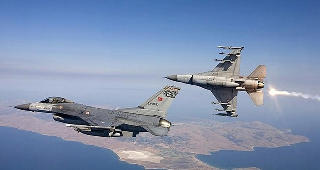 مقاتلات تركية تستهدف مواقع لـ بي كا كا الإرهابية شمالي العراق