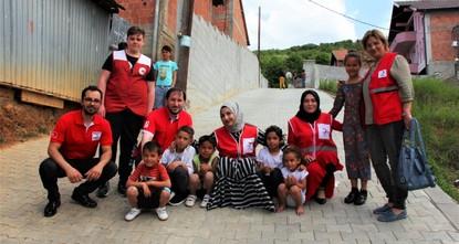 Red Crescent distributes Ramadan aid in Kosovo