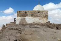 Jordan shuts ancient Jewish shrine