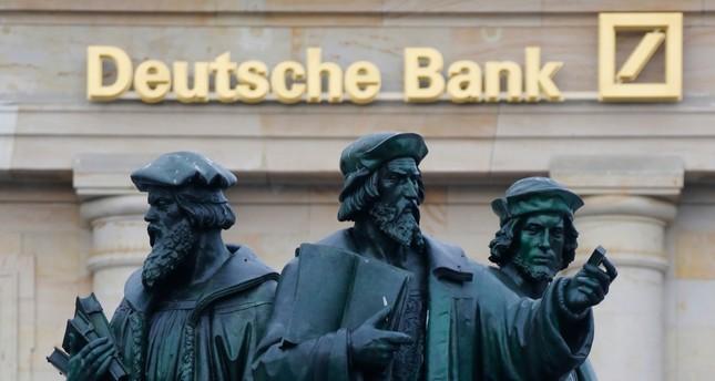 Deutsche Bank will mehr als 7.000 Stellen streichen
