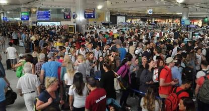 زيادة عدد المسافرين عبر مطاري إسطنبول بنسبة 12 بالمئة
