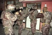 Turkish police crack down on Daesh cells in Ankara, detain 52