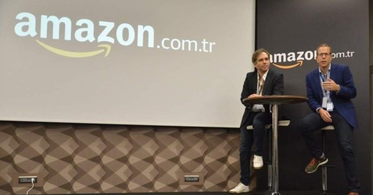 Amazon.com.tr Country Manager Richard Marriott (R) and Seller Services Country Leader Harmut Fink (L) address Turkish SMEs during the first vendor meeting of Amazon.com.tr, Istanbul, Nov. 6, 2019. (AA Photo)