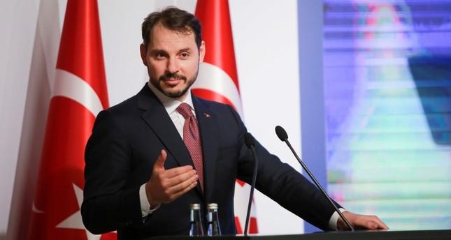 وزير المالية التركي: أعددنا خطة لتهدئة التقلبات في سعر صرف الليرة