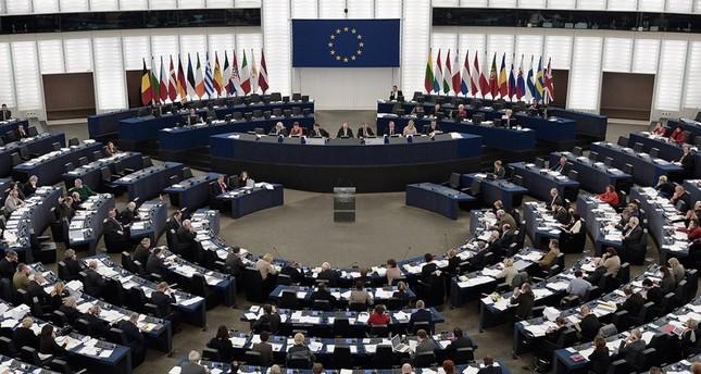 الاتحاد الأوروبي يندد بأحكام الإعدام في مصر بحق 75 شخصا