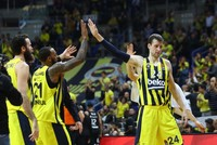 Fenerbahçe faces Real Madrid in key EuroLeague match