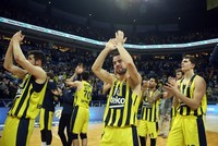 Fenerbahçe caps EuroLeague regular season on top