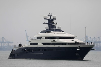 Equanimity, the 300-foot (90-meter) luxury yacht worth $250 million that belonged to Jho Low arrives in Port Klang outside of Kuala Lumpur on Aug. 7, 2018. (AFP Photo)