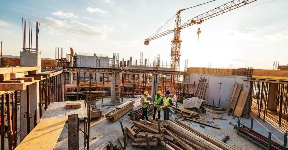 Projects undertaken by Turkish contractors abroad are expected to reach $400 billion by the end of 2019. (iStock Photo)