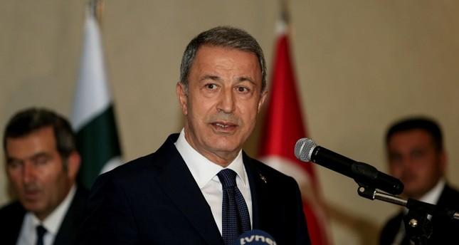 وزيرا الدفاع التركي والفرنسي يبحثان مكافحة الإرهاب في ليبيا وسوريا