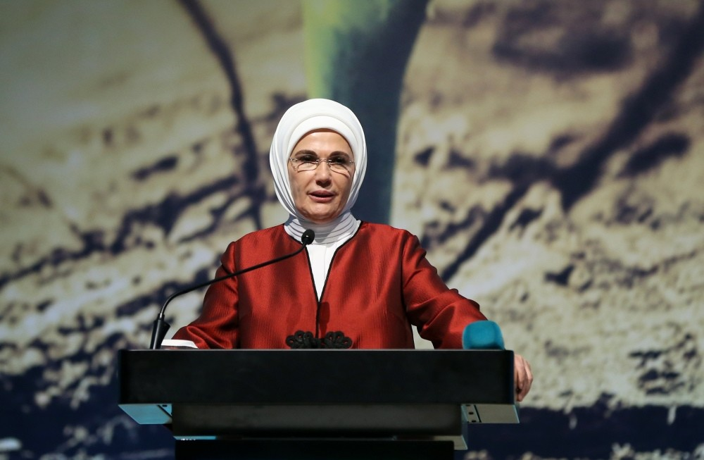 Emine Erdou011fan, who is behind a zero waste campaign launched last year, addressed the summit in Istanbul on Dec. 7.