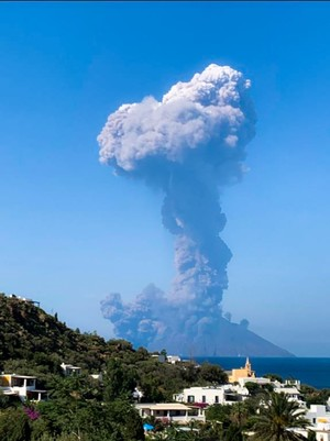 Photo from twitter account of @FionaCarter, taken from the nearby island of Panarea on July 3, 2019 (AFP)