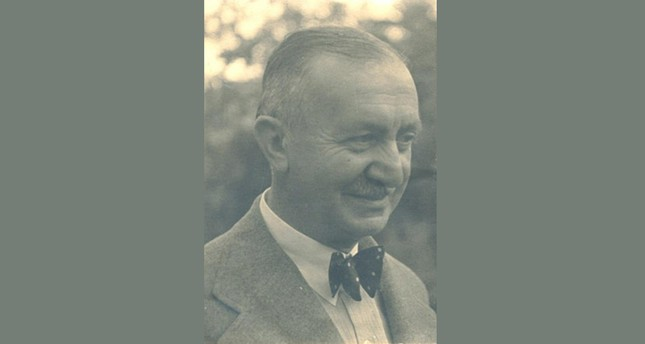 Memduh Şevket Esendal is the first Turkish author who wrote Chekhov-style short stories.