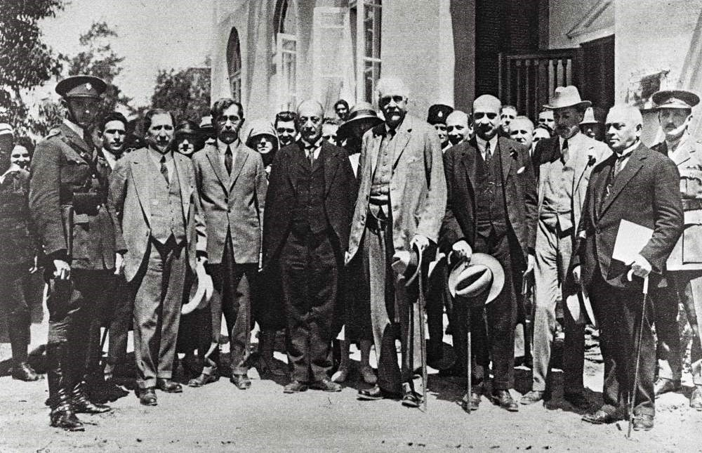 Former British Prime Minister Arthur Balfour (C) and Chaim Weizmann (3rd-R), the then future first Israeli president, visiting Tel Aviv, 1925.