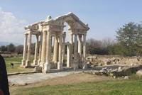 EU ambassadors tour cultural heritage of Turkey's western provinces