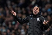 What can Guardiola do to catch Klopp?