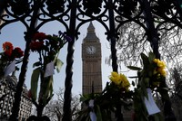 Die Londoner Polizei erklärte am Montag, es gebe keine Hinweise auf eine Verbindung zwischen Masood und der Terrororganisation Daesh oder der terroristischen  Al-Kaida.  «Bereits aus der...