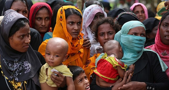 Thousands more Rohingya Muslims flee Myanmar, women and children at highest risk