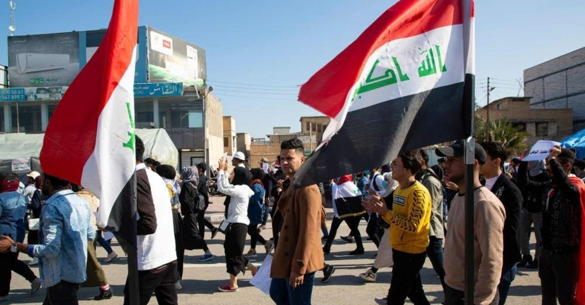 Iraqi students take part in an anti-government demonstration near the headquarters of the local government, Basra, Jan. 23, 2020. (AFP Photo)