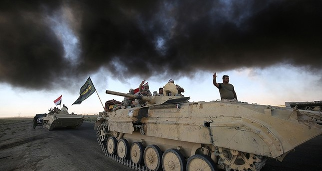 Iraqi forces advance towards Daesh's stronghold of Hawija on October 4, 2017 (AFP Photo)