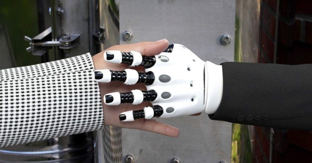 Employees will be expected to team up with robots in the future. (DHA Photo)
