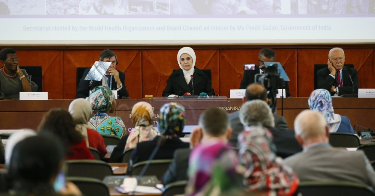 First lady Emine Erdou011fan addresses a high-level meeting of the World Health Organization (WHO), Geneva, May 21, 2019.