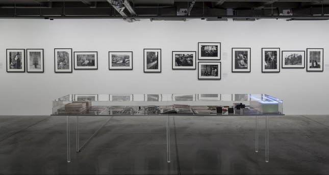 Works by Ara Güler are accompanied by various darkroom prints from the archives of the Istanbul Modern Photography Collection at the exhibition.