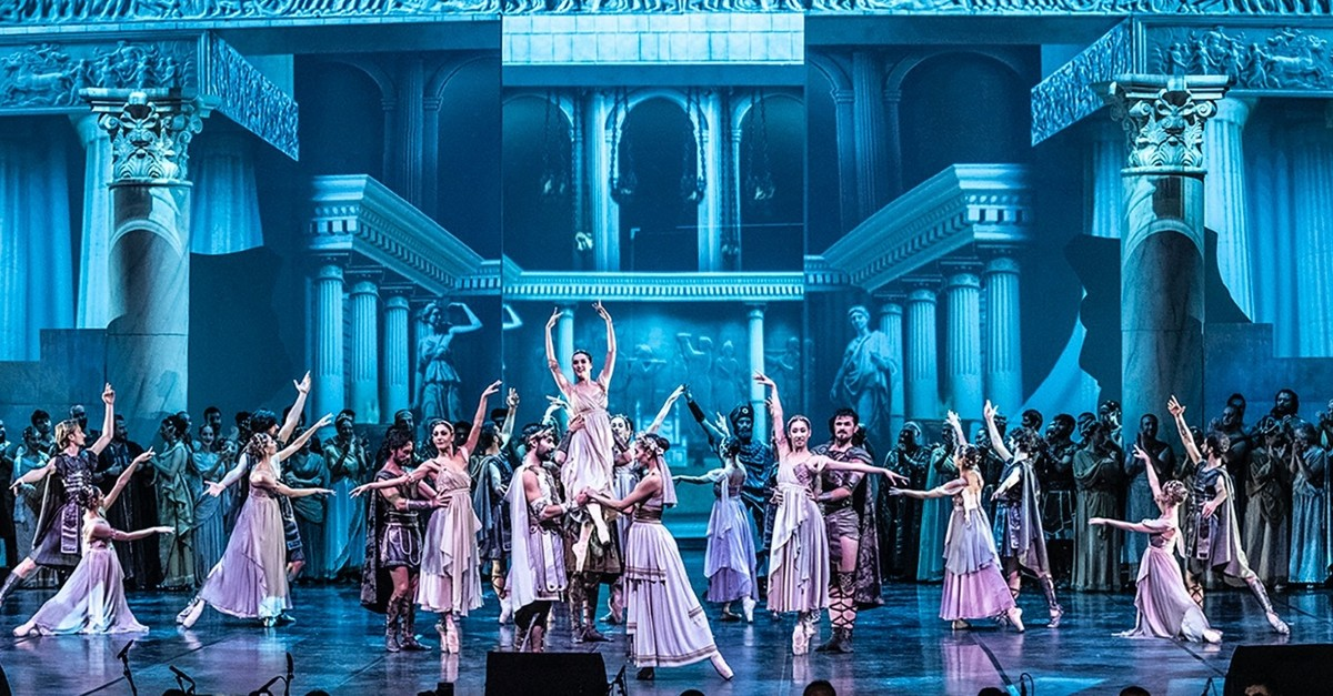 The u201cTroyu201d opera features nearly 300 Turkish State Opera and Ballet artists including Turkish tenor Murat Karahan.