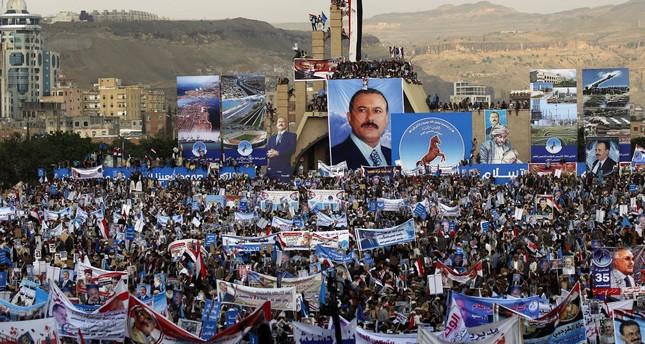 هل وضع الحوثيون المخلوع صالح تحت الإقامة الجبرية بصنعاء؟
