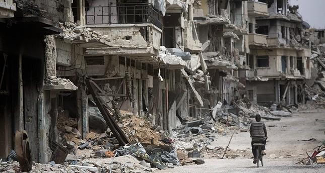 Assad regime targets civilians in Homs airstrikes