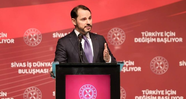 Treasury and Finance Minister Berat Albayrak speaks at a meeting with businesspeople in the central Anatolian province of Sivas, Jan. 9, 2020. AA Photo