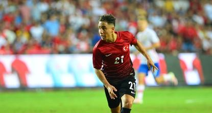 أعلن نادي سيلتا فيغو الإسباني، اليوم الثلاثاء، تعاقده مع لاعب كرة القدم التركي إمره مور خلال فترة الانتقالات الصيفية.  ووفقًا لموقع النادي الإلكتروني،