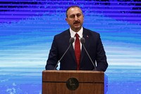 Justice Minister Abdülhamit Gül on Thursday welcomed the U.S. secretary of state's recent remarks regarding reports on the creation of a border security force in northern Syria.
