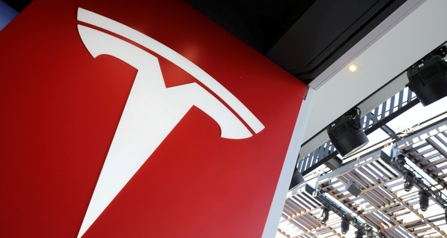 A Tesla logo is seen in Los Angeles, California U.S. January 12, 2018. (Reuters Photo)