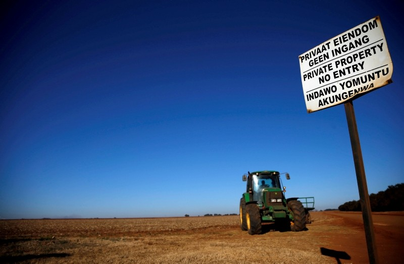 A 'No entry sign' is seen at an entrance of a farm outside Witbank, Mpumalanga province, South Africa July 13, 2018. (Reuters Photo)