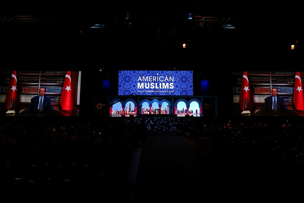 President Recep Tayyip Erdou011fan addresses participants of the 16th Islamic Circle of North America-Muslim American Society Convention via a video message in Chicago, Ill., U.S., Dec. 30, 2017. (AA Photo)