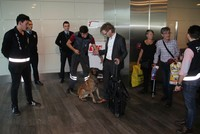 Vienna-bound passengers searched by police dogs in Istanbul as retaliation to harassment at Austrian airport