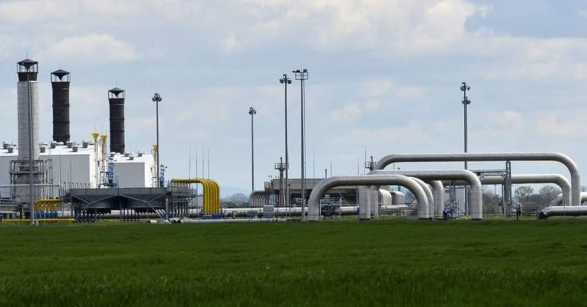 Pipelines are seen at a gas border delivery station of pipeline operator Eustream in the eastern Slovak town of Velke Kapusany, near the border with Ukraine, April 15, 2014. (Reuters Photo)