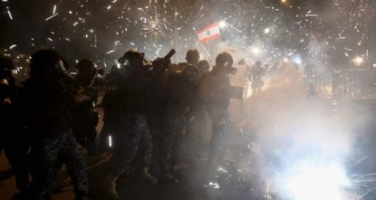 400 protesters injured in clashes with police in Beirut