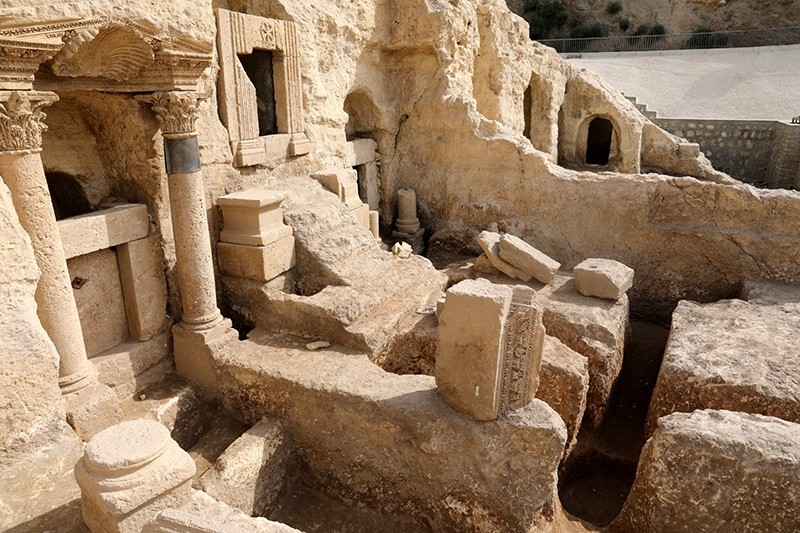 2,000-year-old rock tombs discovered in Turkey's southern u015eanlu0131urfa province will open to visitors. (AA Photo)