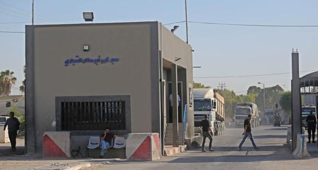 إسرائيل تفرض إجراءات جديدة تشدد الخناق على غزة وحماس تندد