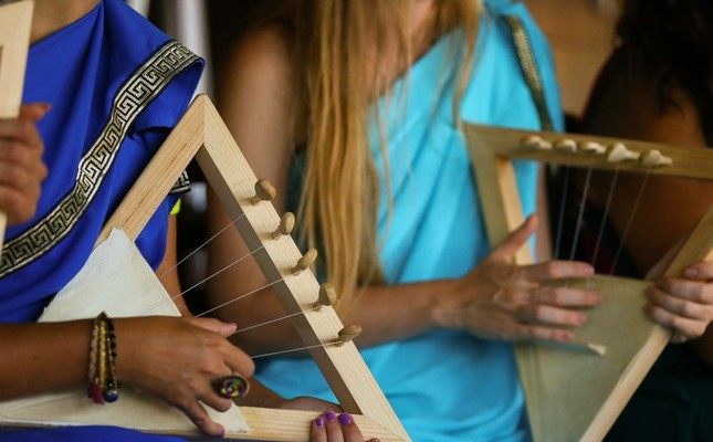 Camp introduces healing power of music therapy
