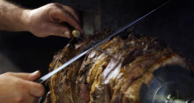 Erzurum's local delicacy, cağ kebab (AA Photo)