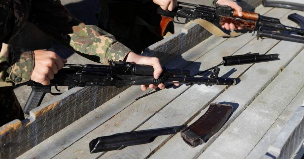 Students of the General Yermolov Cadet School assemble a Kalashnikov assault rifle and machine gun Russia November 8, 2019. (REUTERS Photo)