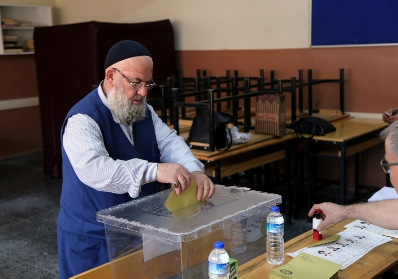 Polls open in Turkey's presidential and parliamentary elections