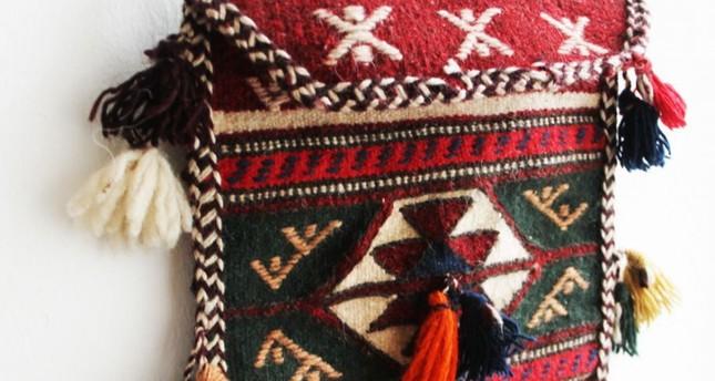 New York hosts Turkish carpetbag exhibition