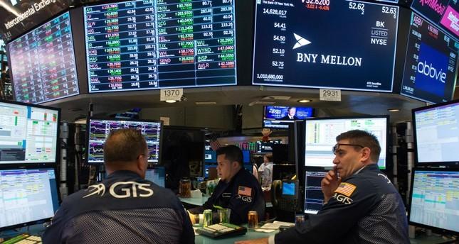 الاقتصاد الأمريكي يخيب توقعات الخبراء للنصف الثاني من السنة