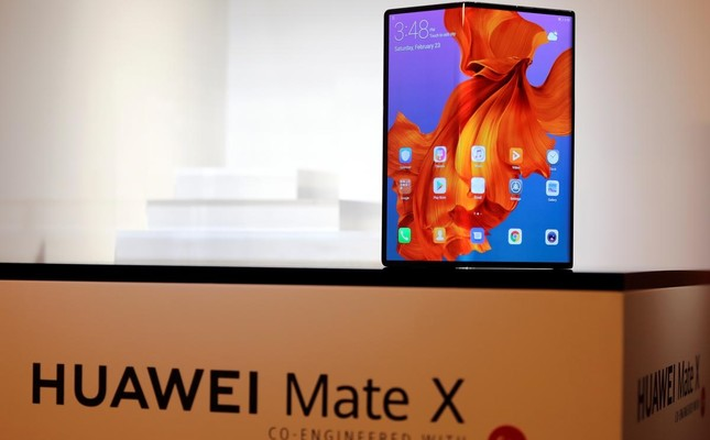 Huawei's 5G capable and foldable smartphone Mate X. (Reuters Photo)